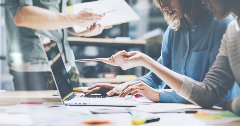 デザイン経営とは?経産省・特許庁も重視する「経営とデザイン」の新しい関係